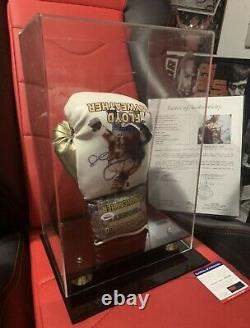 Boxing Signed Glove Floyd Mayweather Jr RARE PSA DNA and JSA COA Case Included