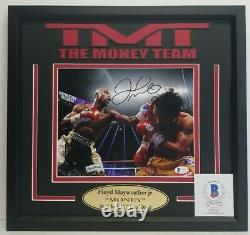 FLOYD MAYWEATHER JR. Signed Autographed 8X10 vs Pacquia Photo. BECKETT WITNESSED