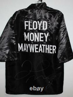 Floyd Mayweather Autographed Black Custom Robe Beckett BAS Silver