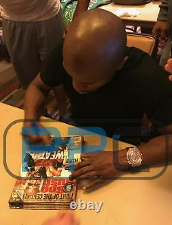 Floyd Mayweather Jr. Authentic Signed May 2015 Sports Illustrated BAS Witnessed
