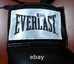 Floyd Mayweather Jr. Autographed Black Everlast Boxing Glove Rh Beckett 121797