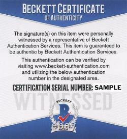 Floyd Mayweather Jr. Signed 8x10 Photo (Beckett COA)