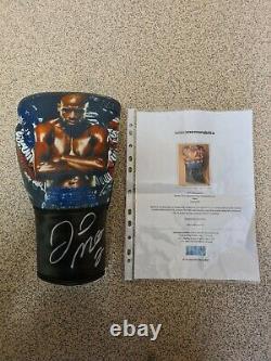 Signed FLOYD MAYWEATHER boxing memorabilia