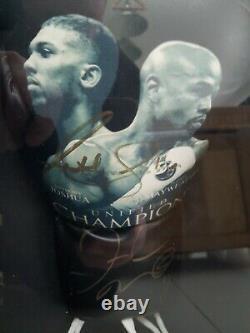 Anthony Joshua & Floyd Mayweather Main Signée Gant De Boxe Dans La Vitrine