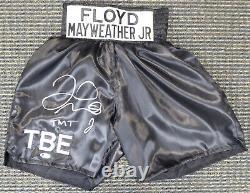 Floyd Mayweather Jr. Autographié Black Boxing Trunks Tmt Beckett 159667