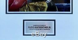 Floyd Mayweather Signé Et Framed Boxe Gant Tbe Tmt Aftal Coa (d)