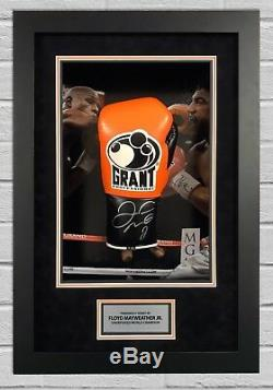 Floyd Mayweather Signé Et Framed Boxe Gant Tbe Tmt Aftal Coa (g)