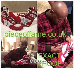 Floyd Mayweather Signé Tmt Boxing Boot Avec Une Preuve Signée À New York Ville Aftal