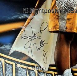 Floyd Mayweather Vs Carlos Hernandez Mayweather A Signé L'affiche De Boxe Hbo 30d