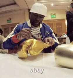 Signé Floyd Mayweather Jr Gant De Boxe Encadré Affichage Héritage Invaincu